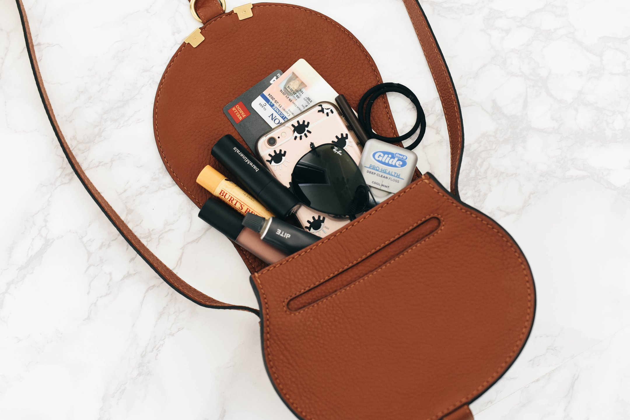 chloe-small-marcie-leather-crossbody-bag-whats-in-my-bag