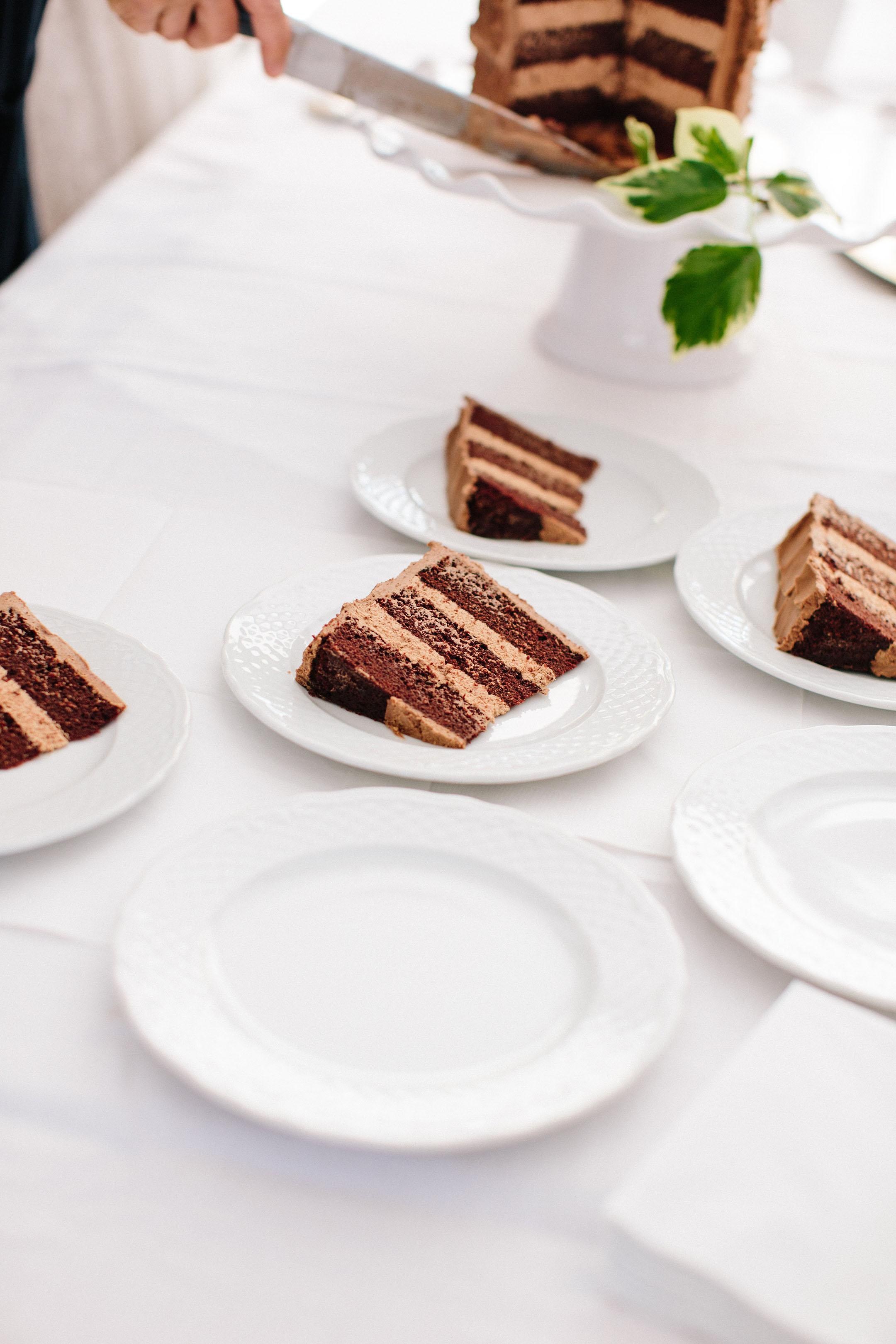 Best vegan cake sift dessert bar