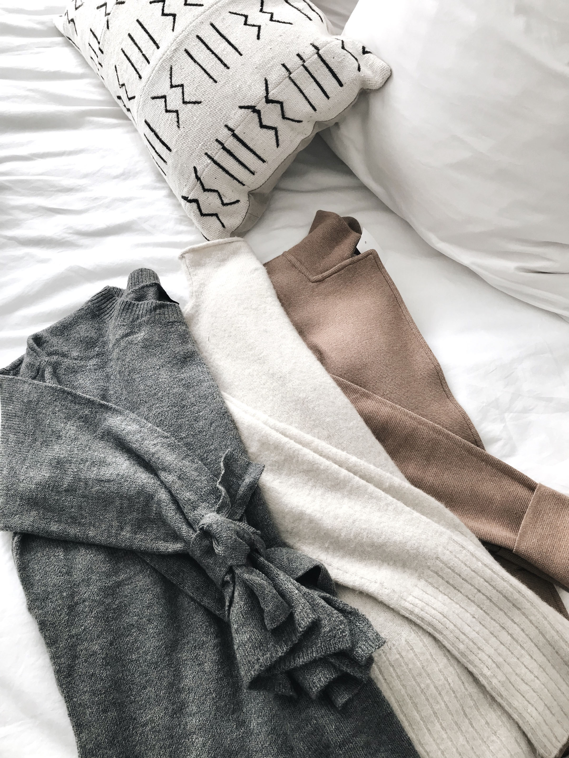 Neutral-sweaters