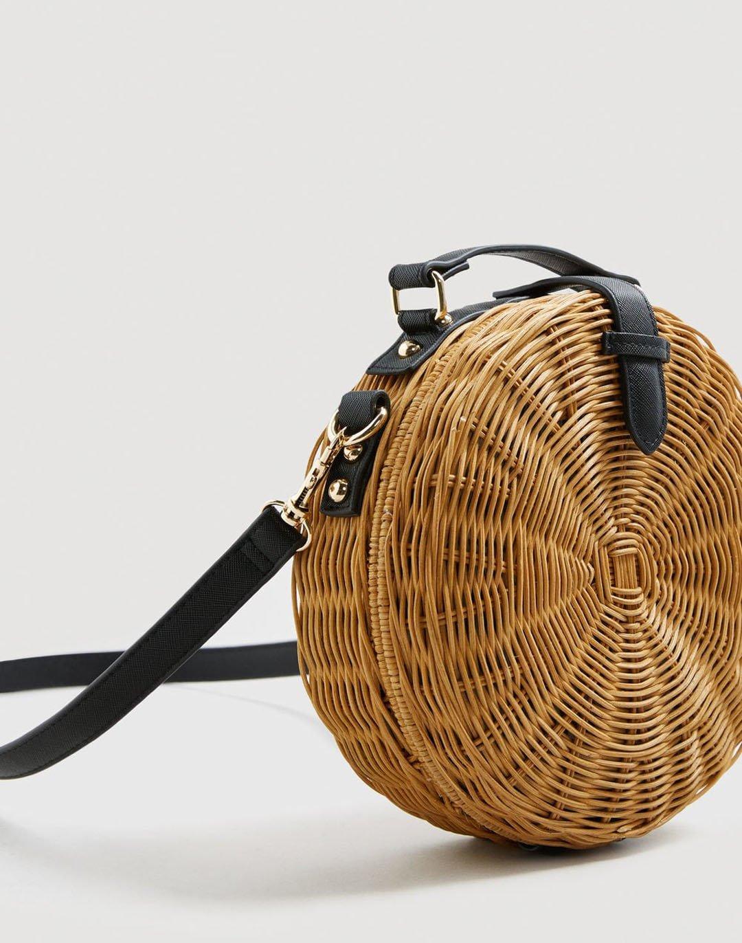 Mango round wicker bag