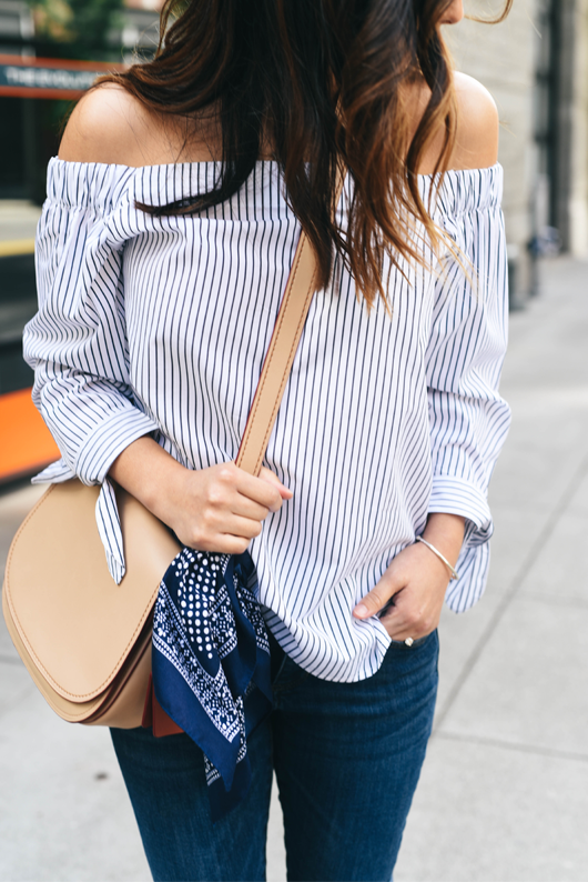 Stripe Over the shoulder top