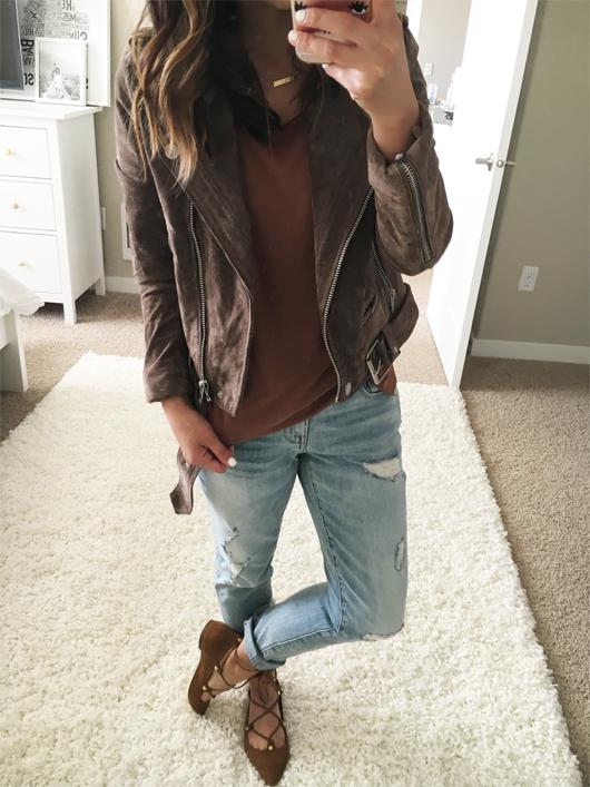 Crystalin Marie wearing Treasure&Bond Ankle Boyfriend Skinny Jeans