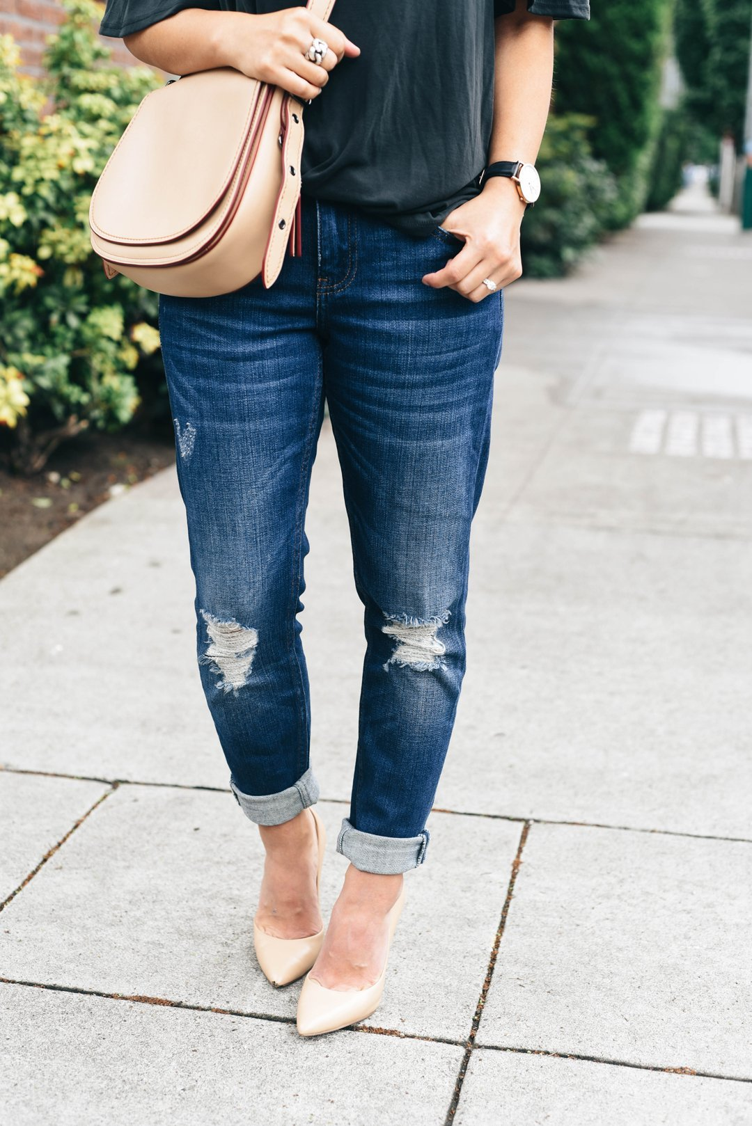 Crystalin Marie wearing Topshop 'Lucus' Ripped Boyfriend Jeans