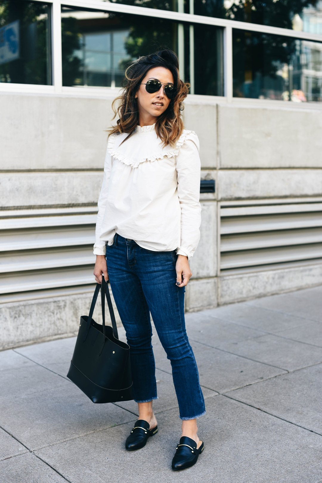 cropped-flare-jeans-for-petites
