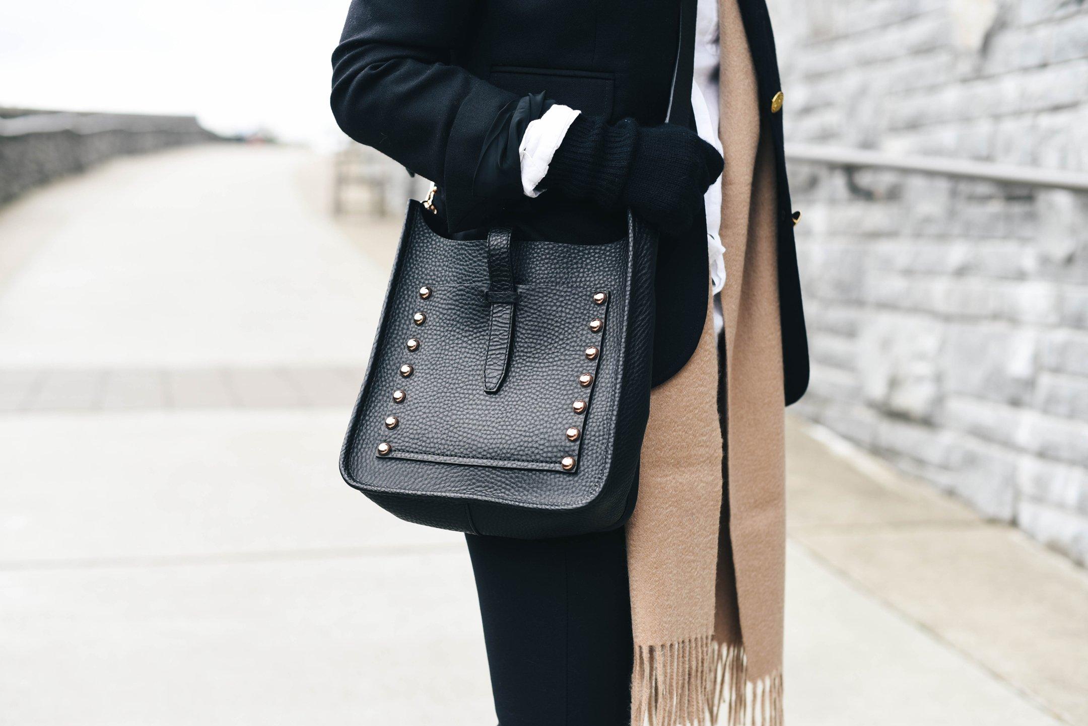 crystalin-marie-wearing-rebecca-minkoff-small-feed-bag