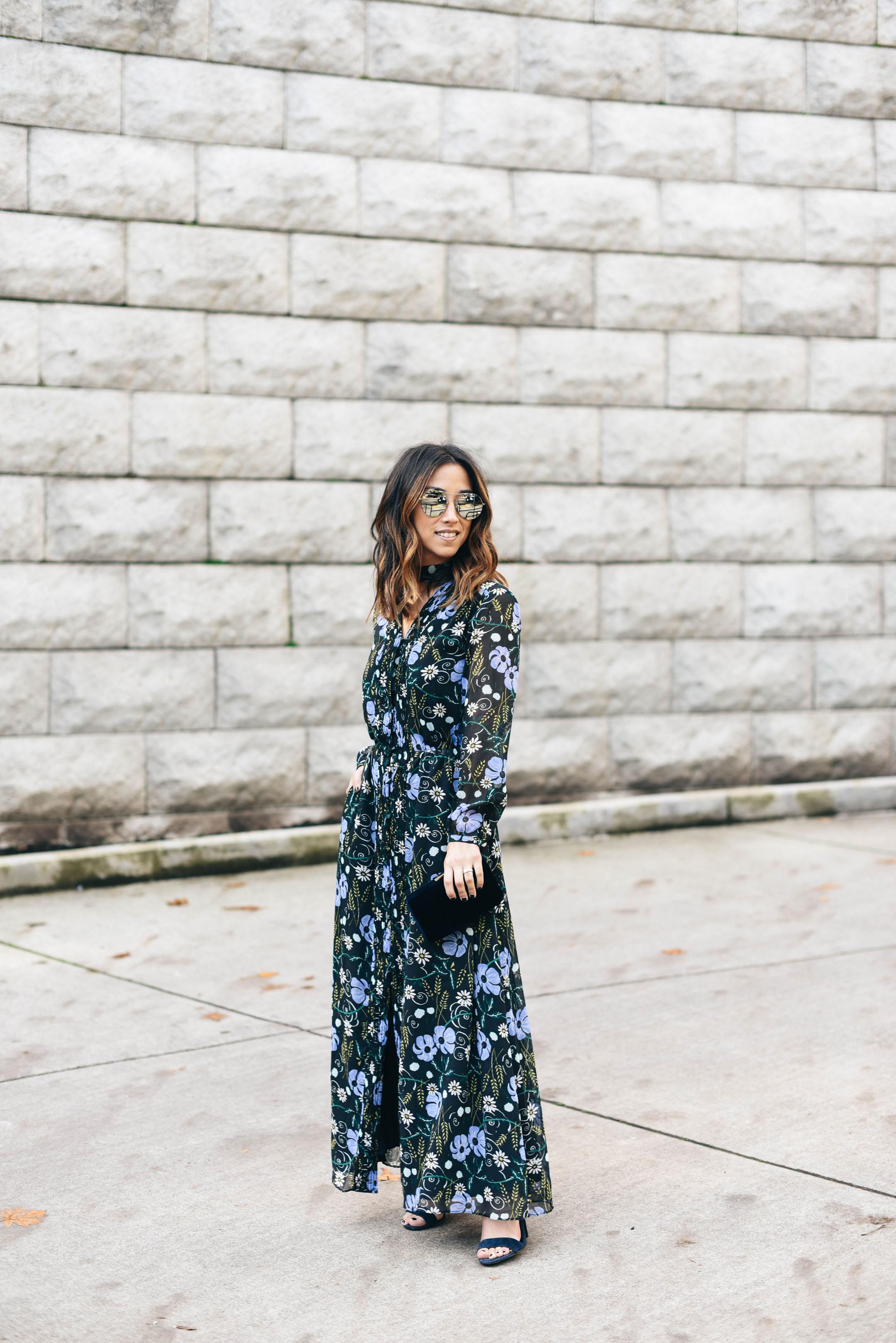 crystalin-marie-wearing-shevoke-mirrored-sunglasses