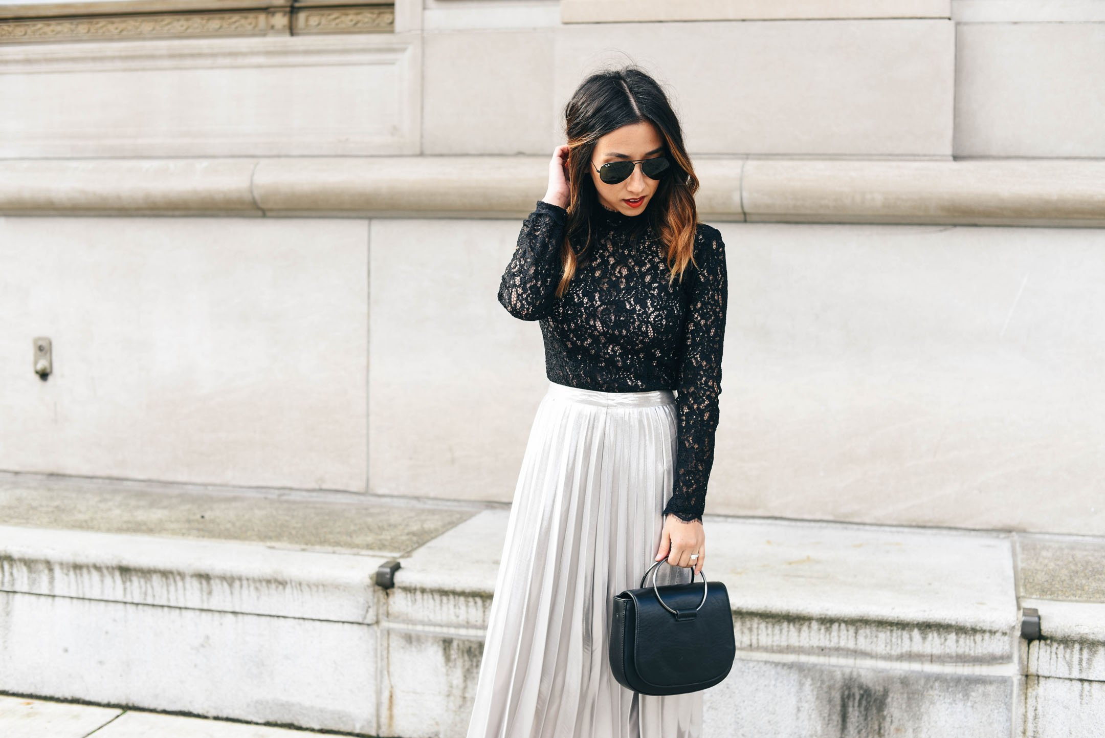 crystalin-marie-wearing-topshop-silver-pleated-skirt