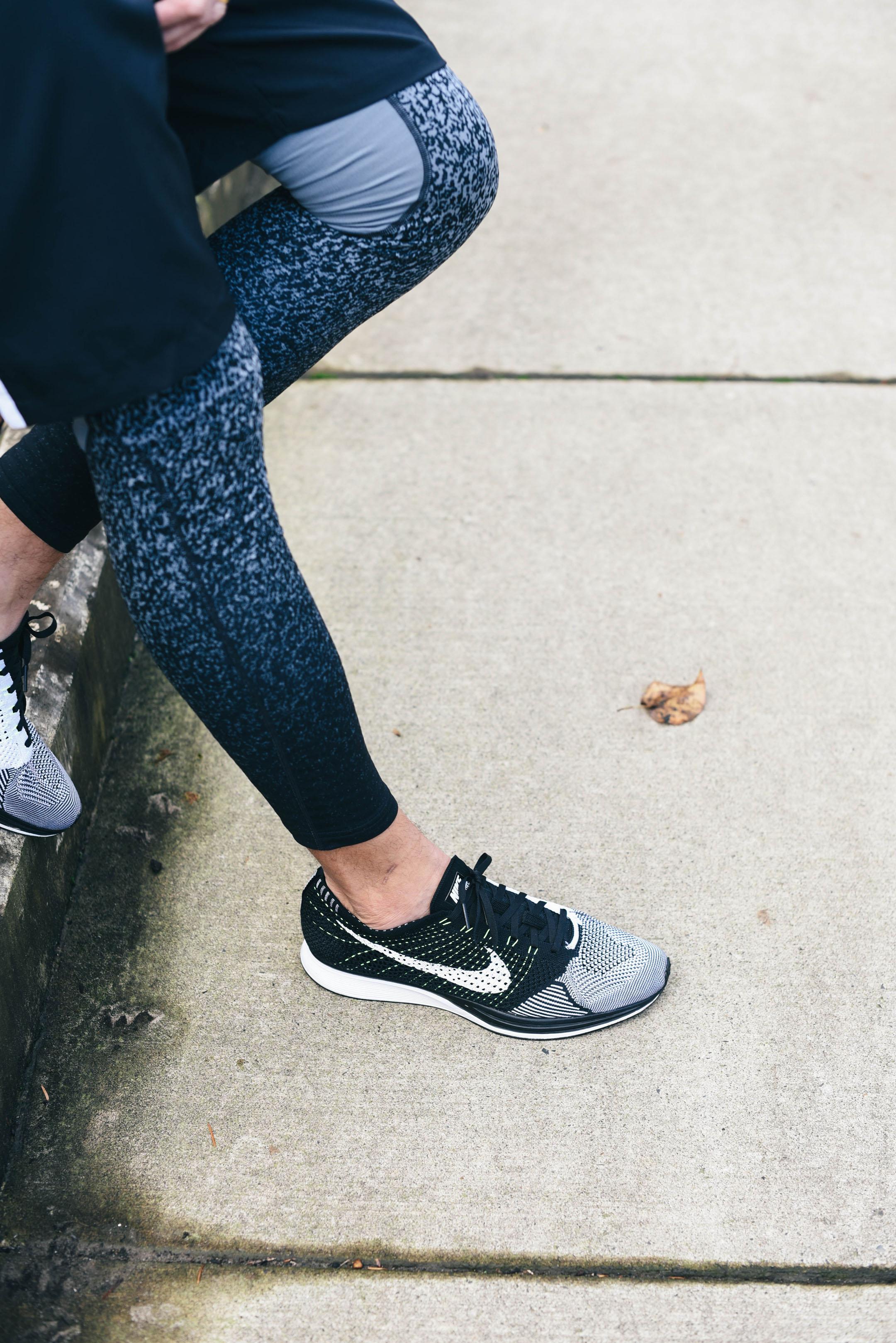 nike-flyknit-racer-unisex-runnning-shoes