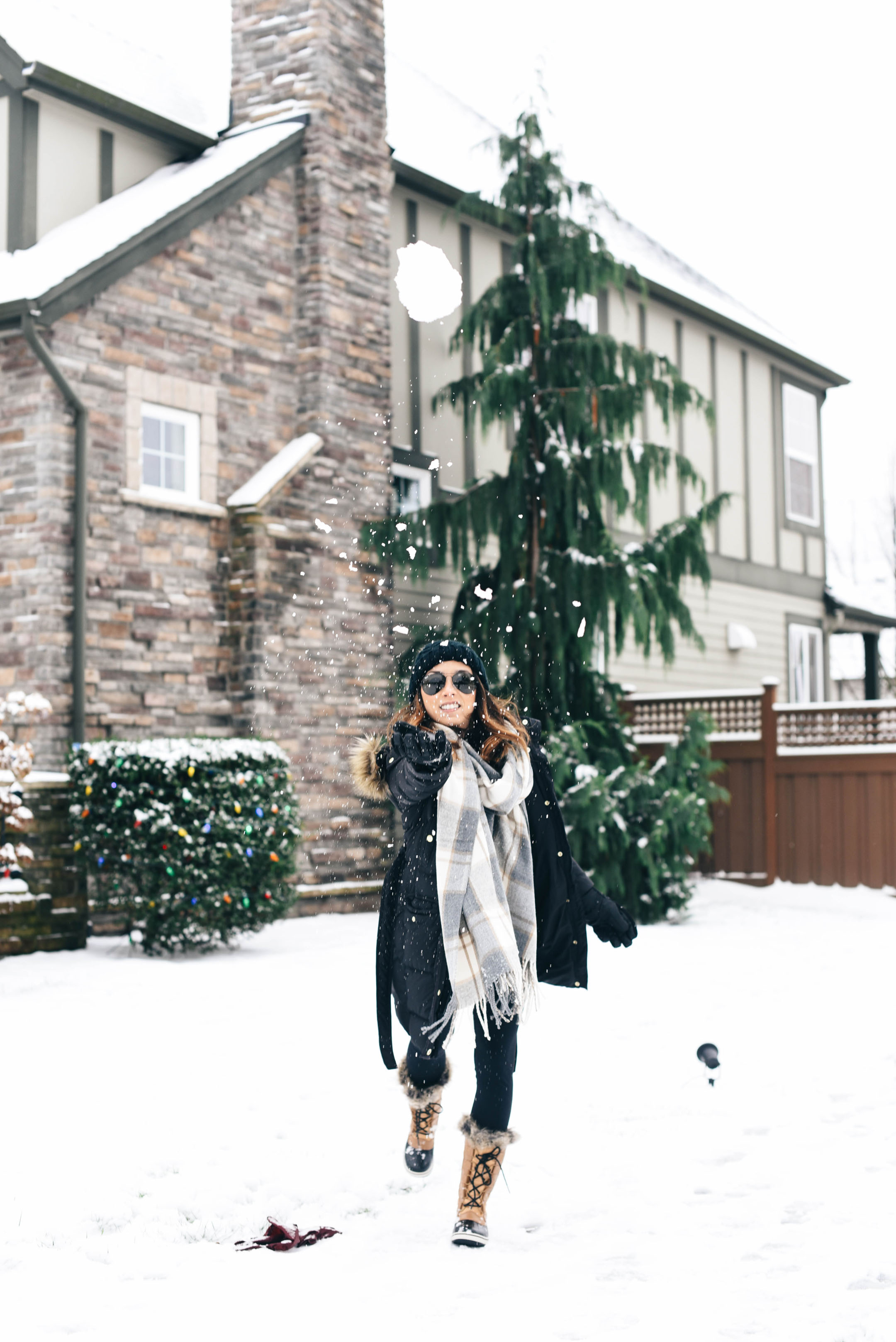 crystalin-marie-snow-outfit