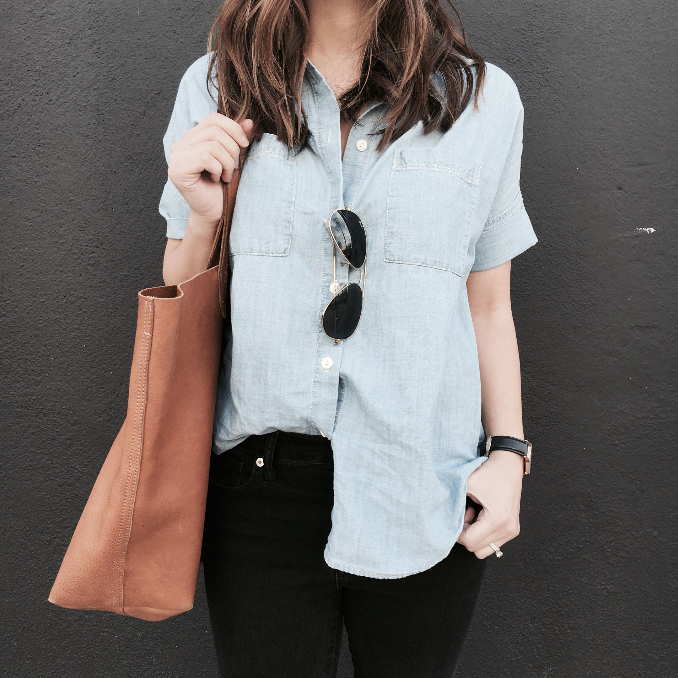 madewell-short-sleeved-chambray