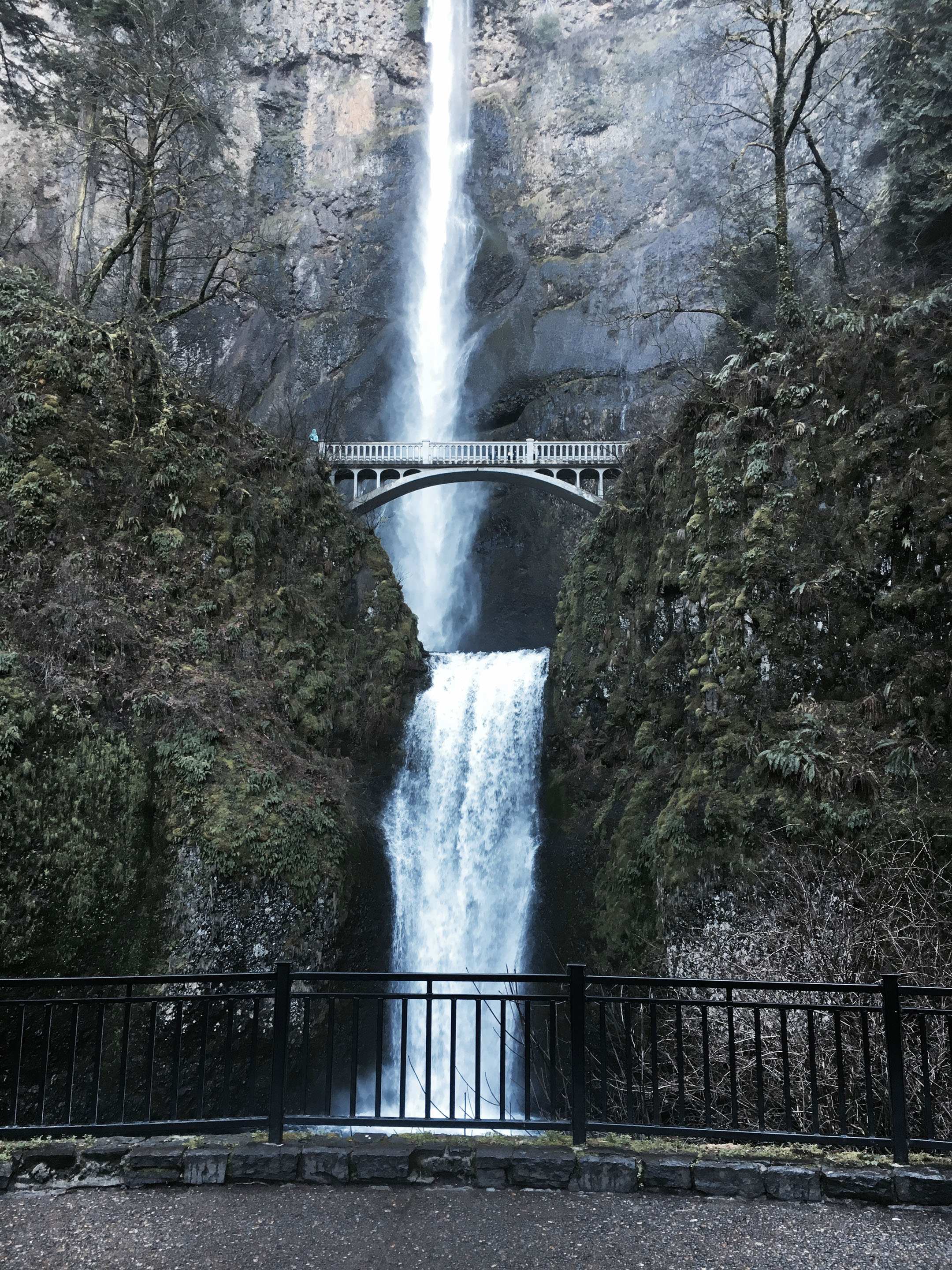 things-to-do-in-portland-oregon-multnomah-falls