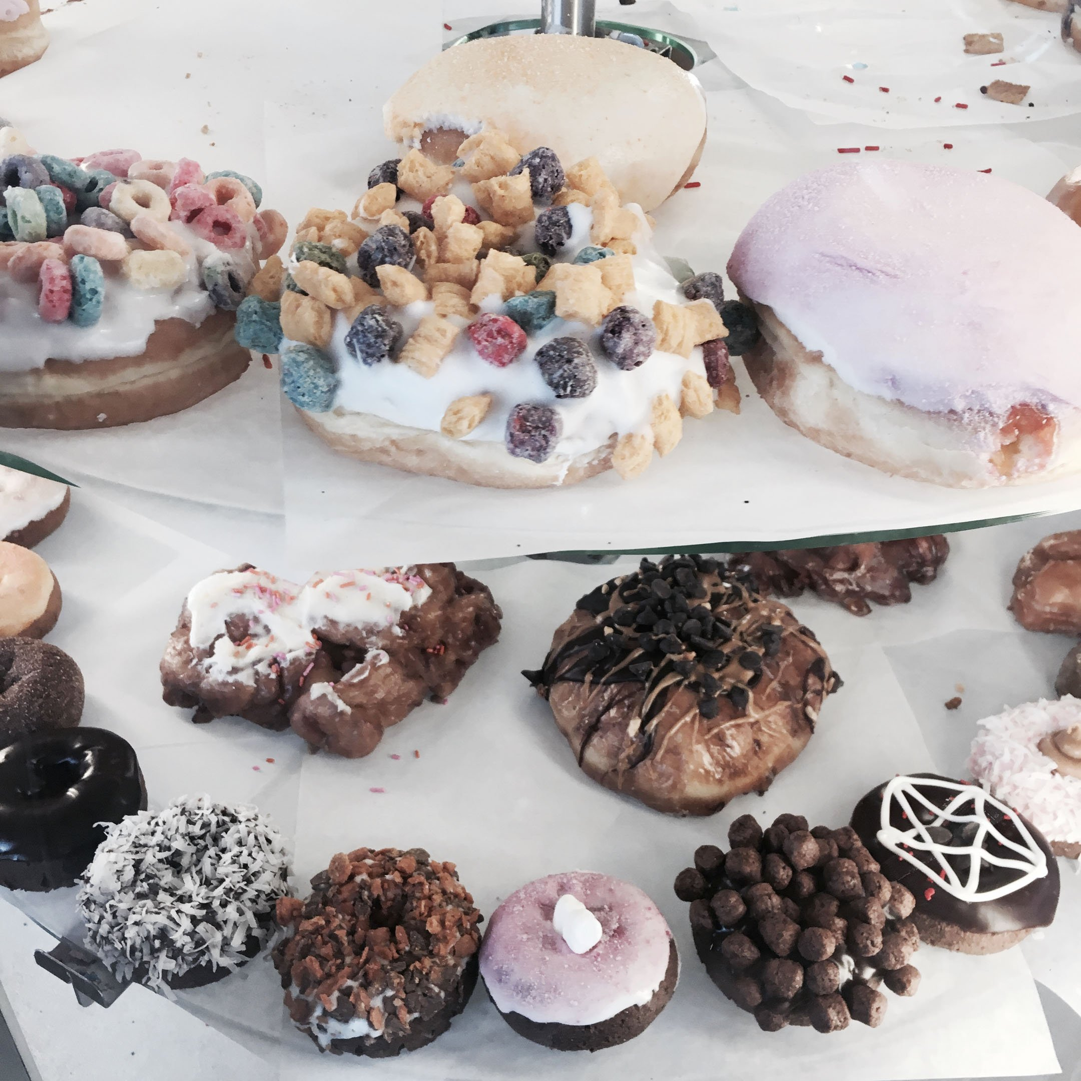 things-to-do-in-portland-oregon-voodoo-donuts
