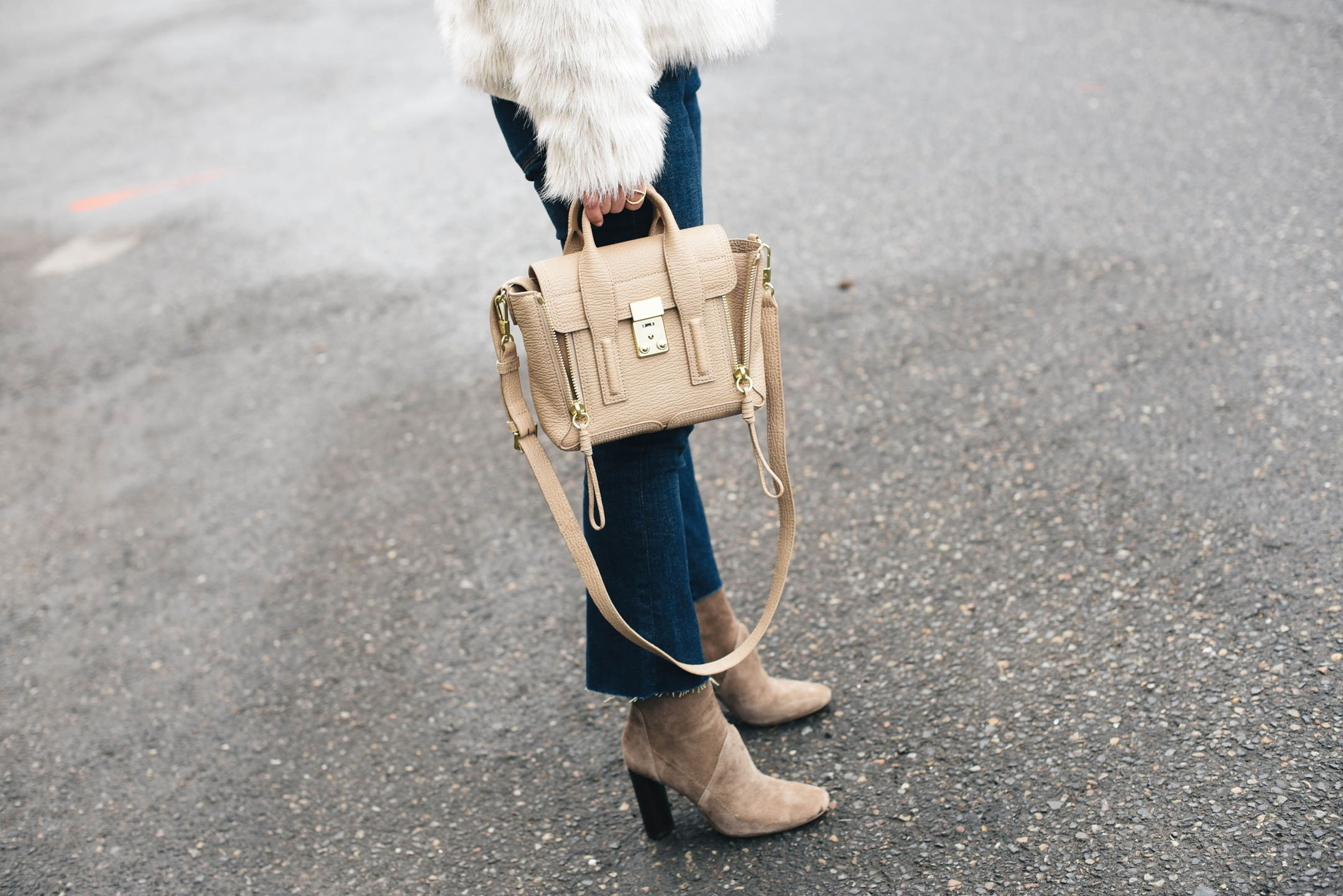 3.1 Phillip Lim mini pashli in cashew