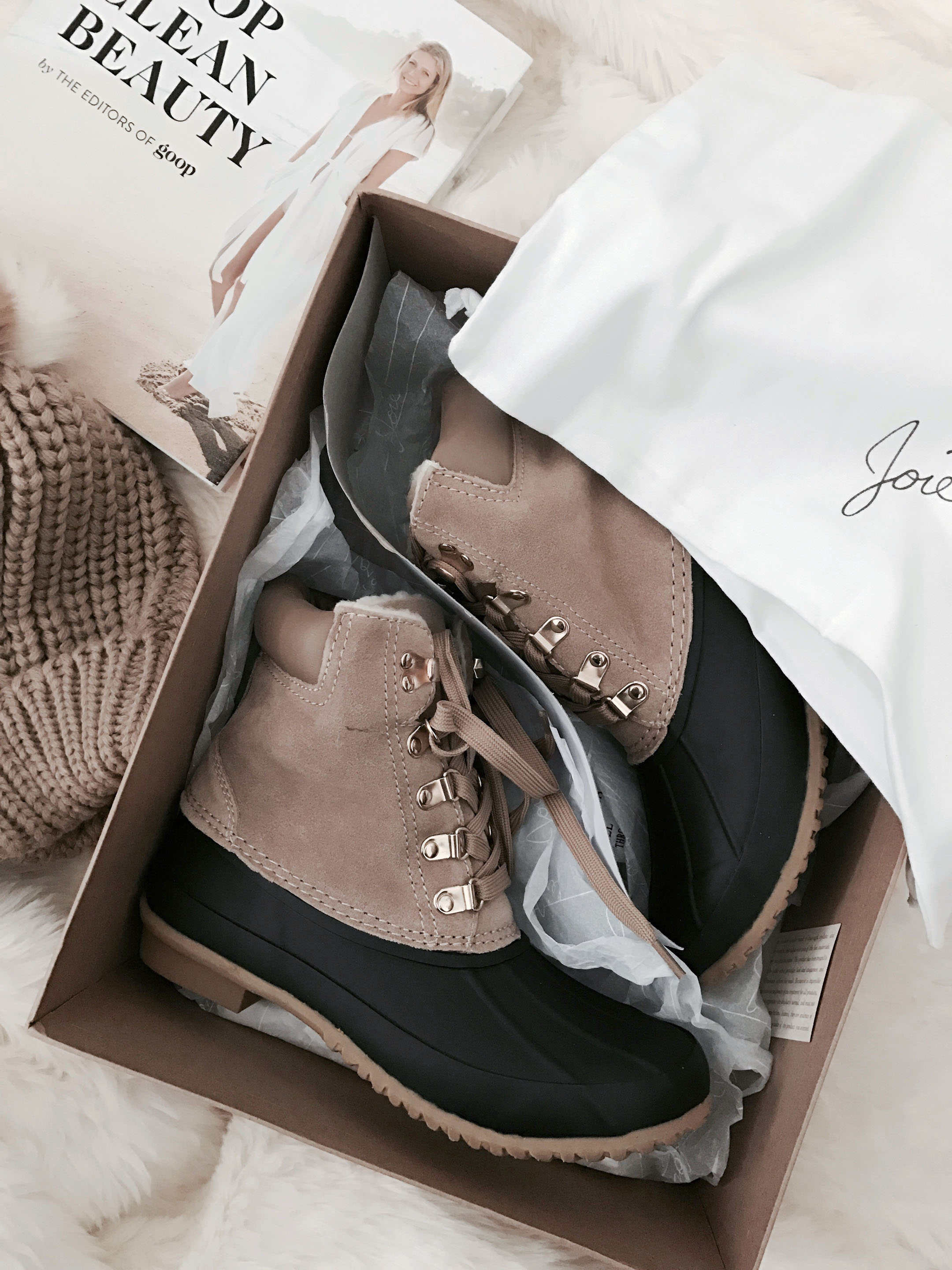 Joie snow boots