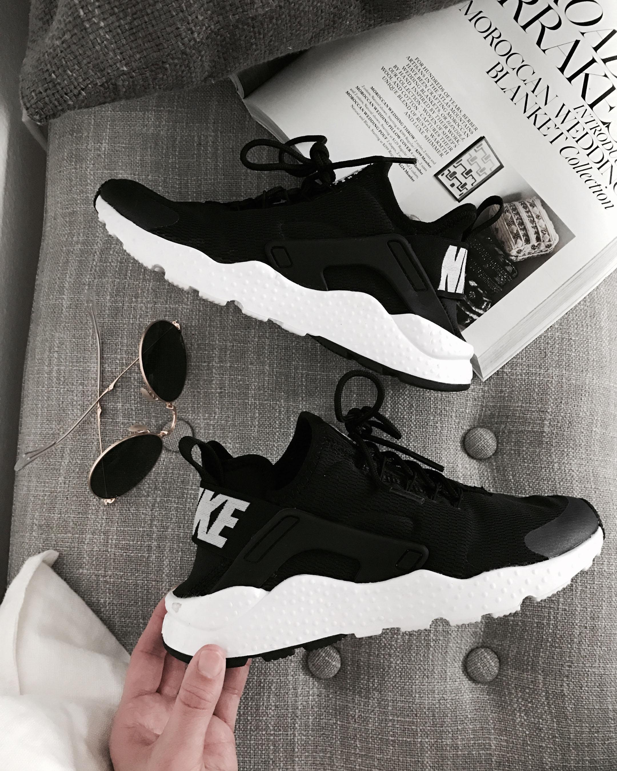 Nike Hurache sneakers