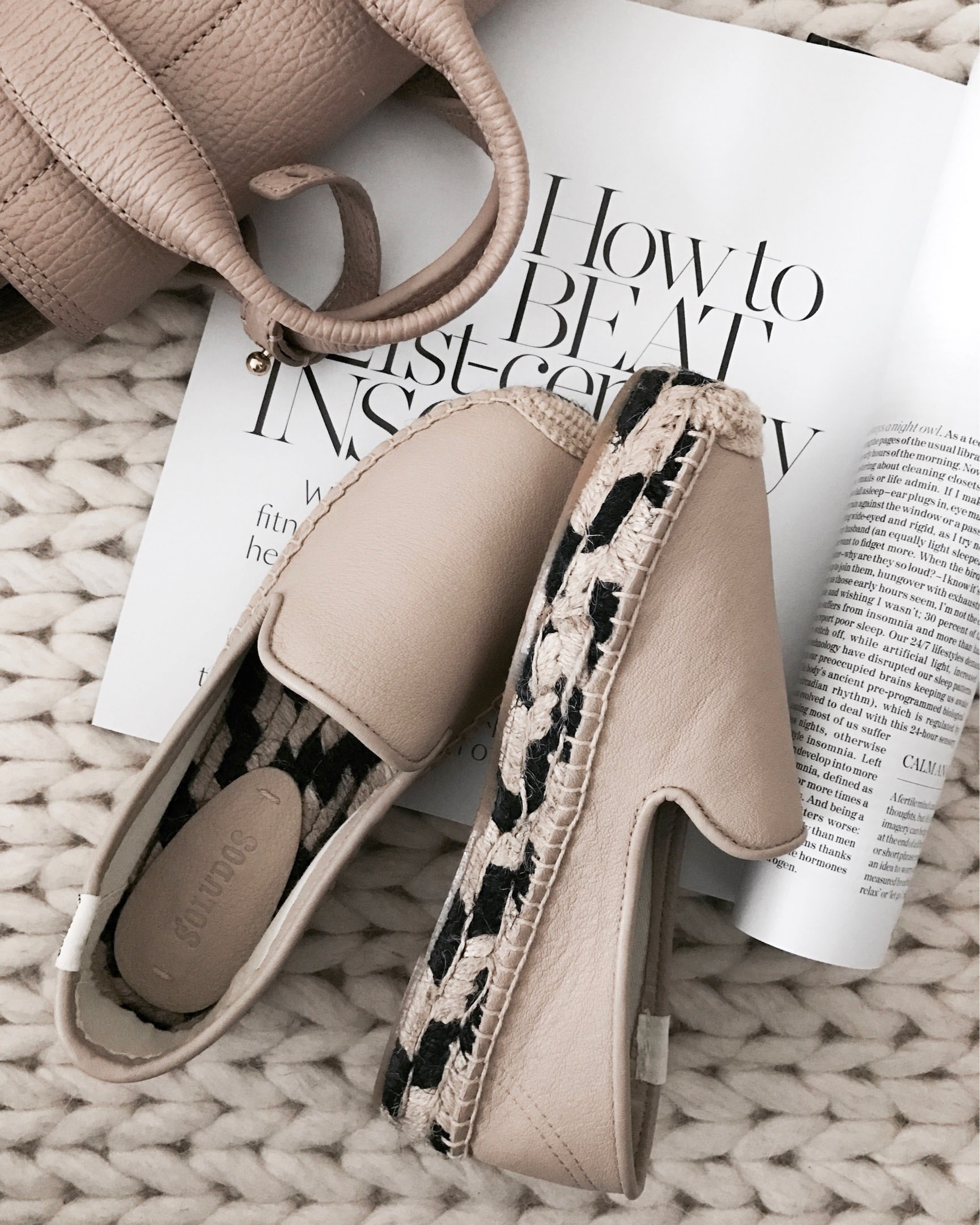 nude leather Soludos