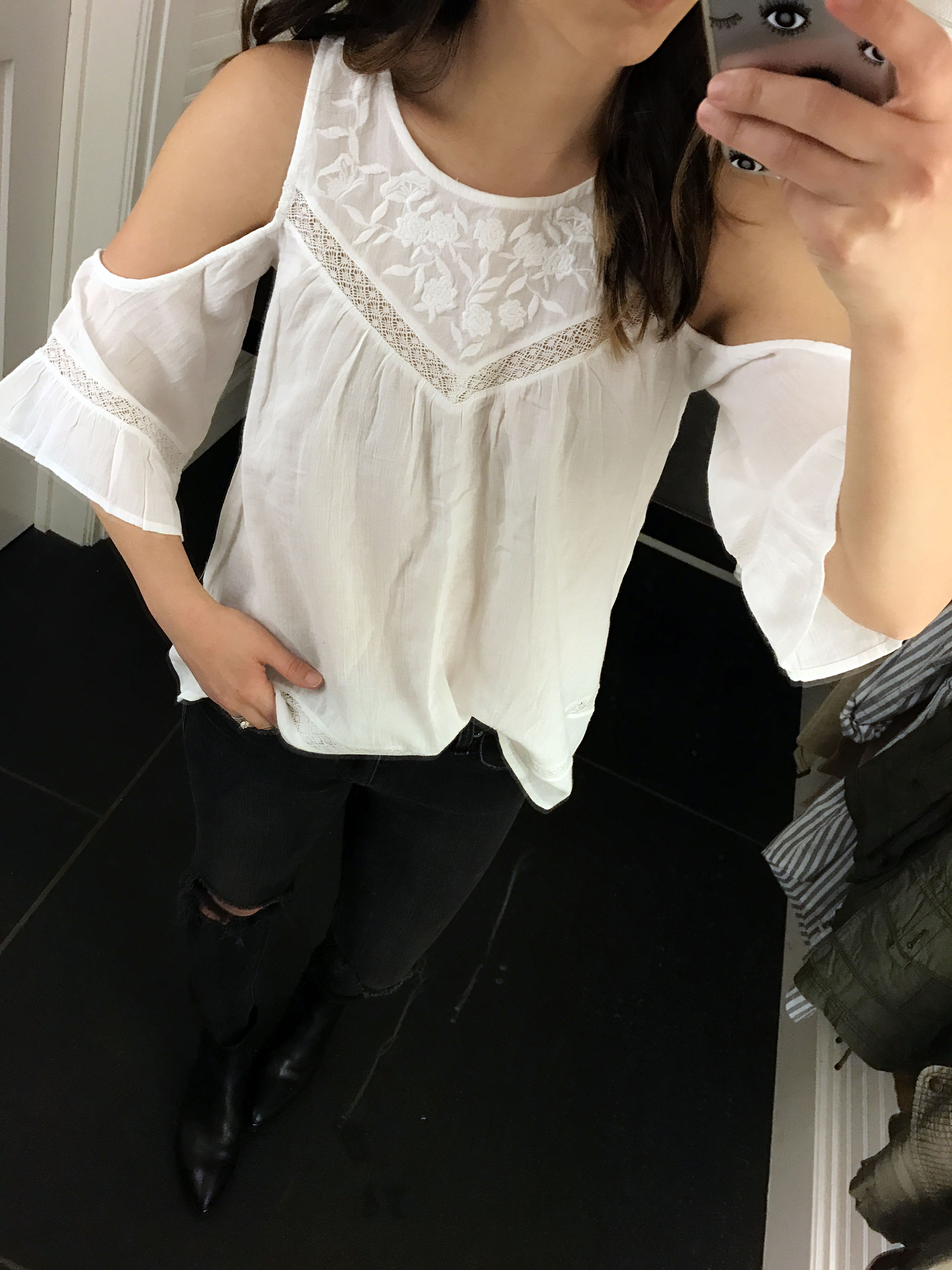 Abercrombie & Fitch cold shoulder blouse 2
