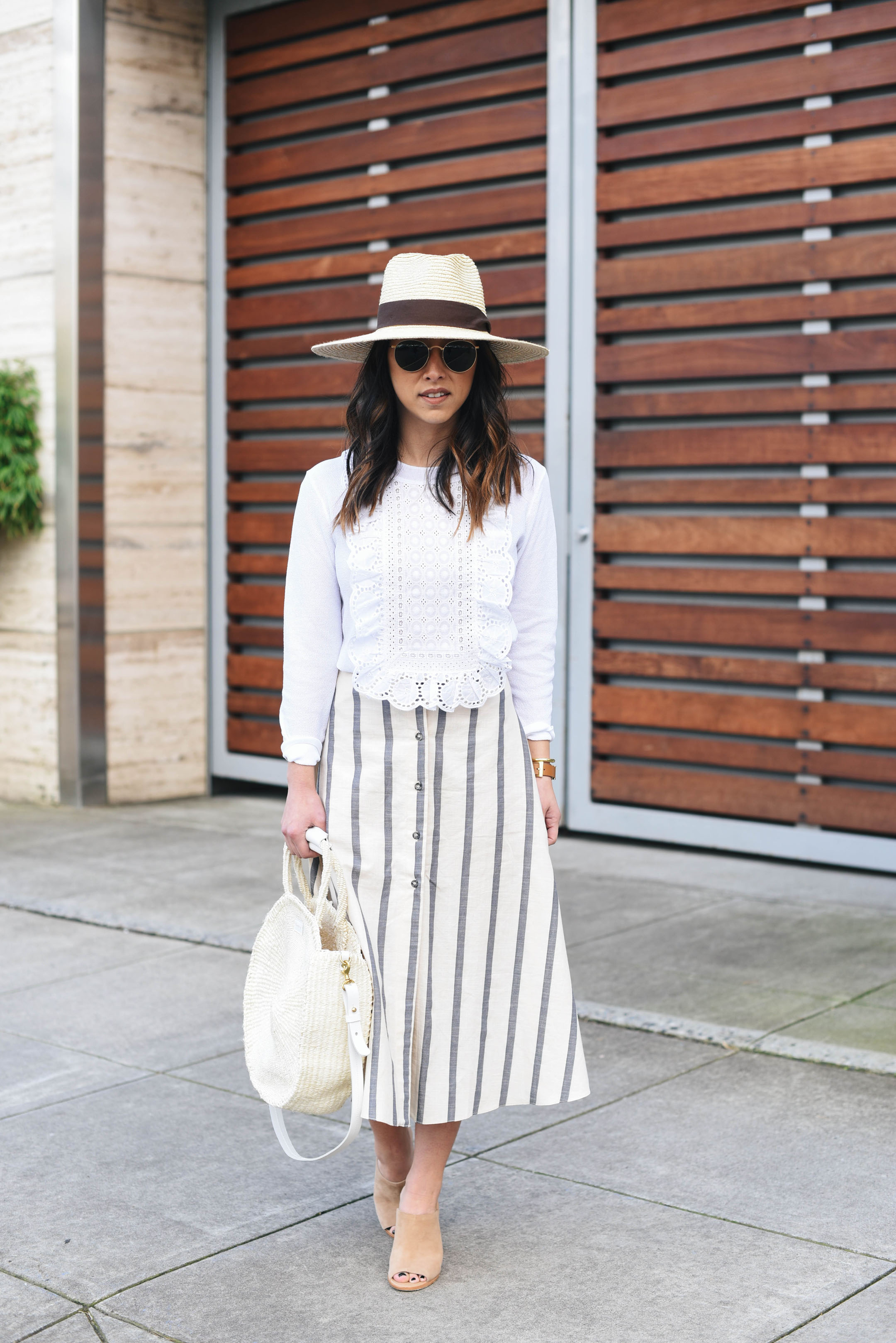 Joie nude mules