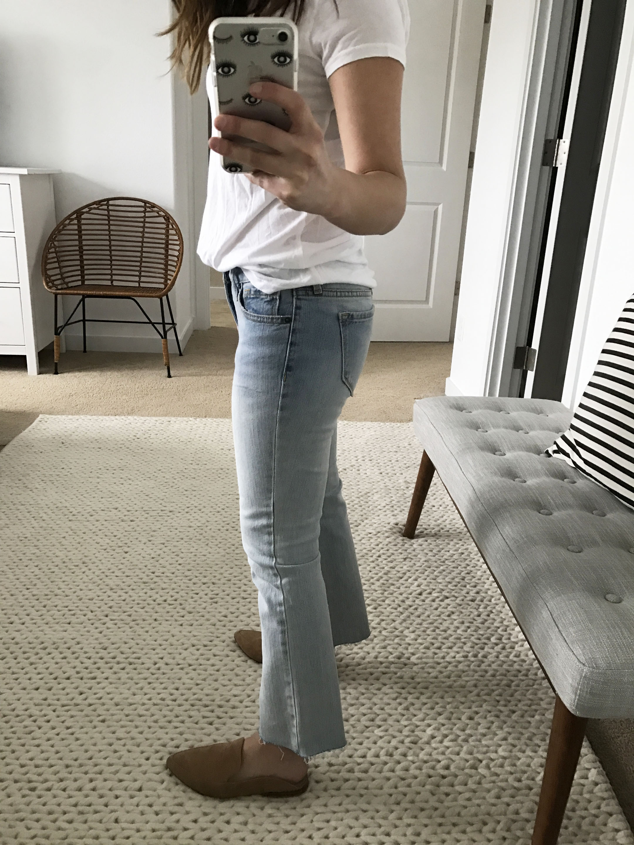 Old Navy light wash cropped flare jeans 3