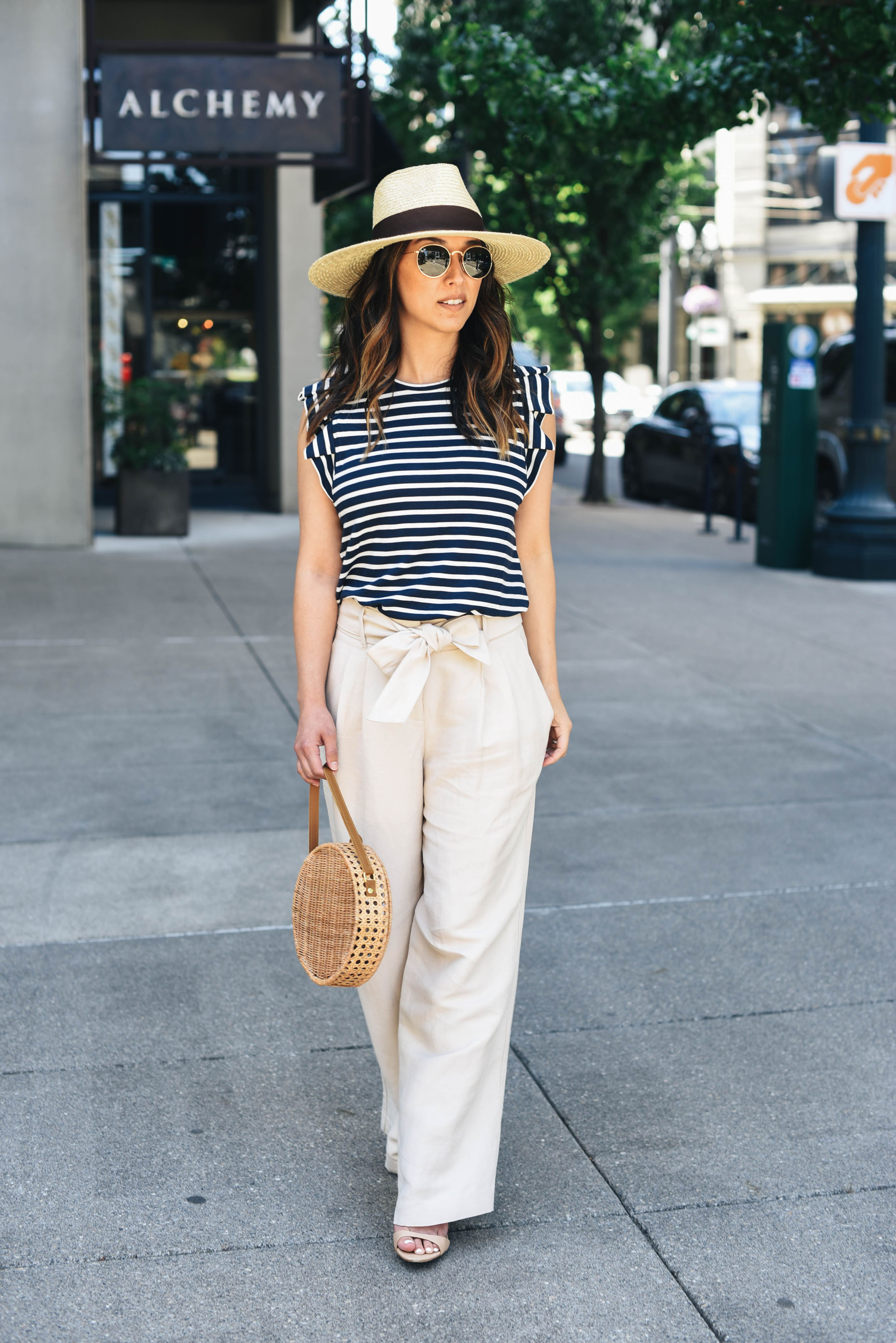 Ann Taylor wide legged linen pants
