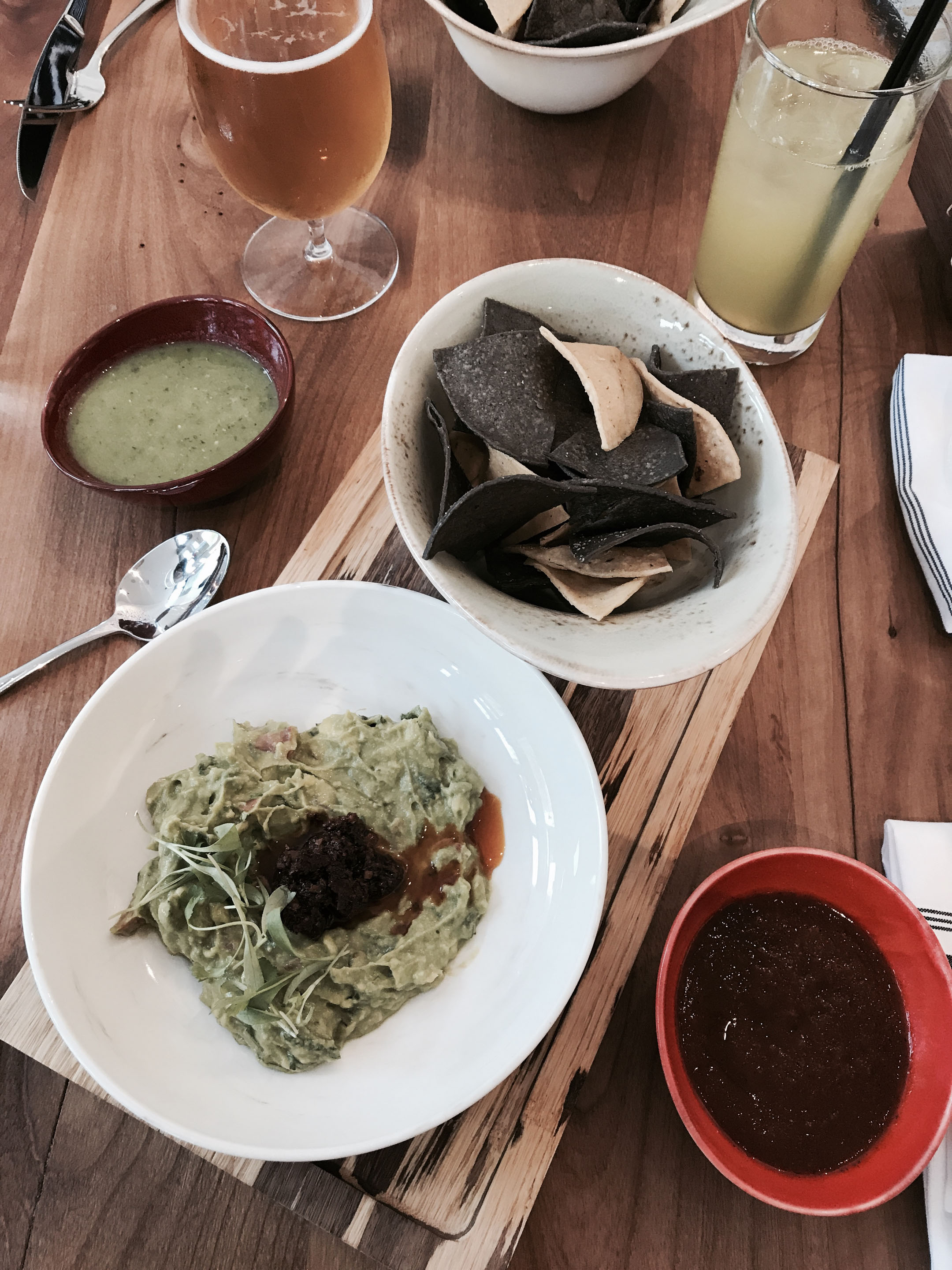 Guacamole at Alto Bajo