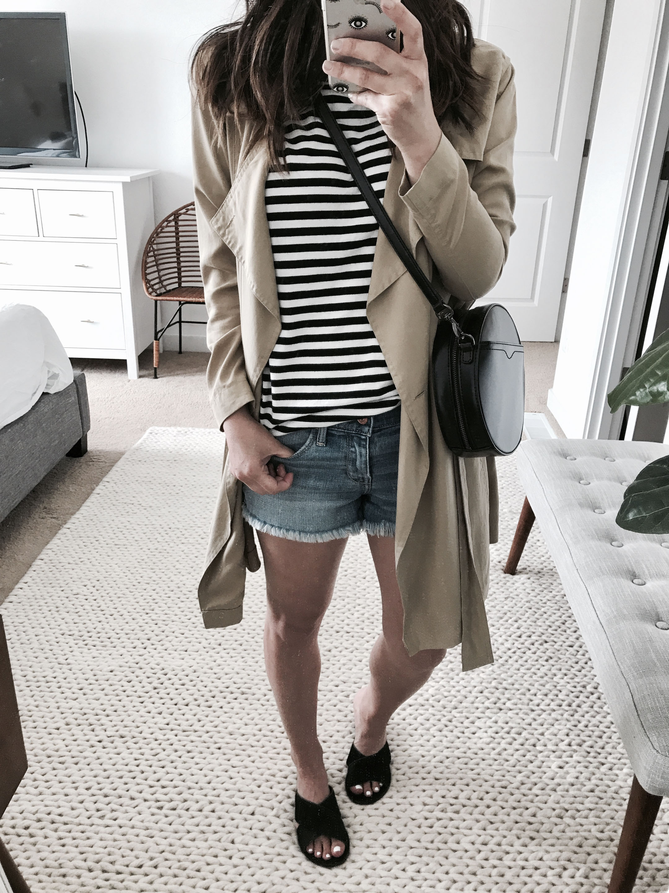 trench with denim shorts