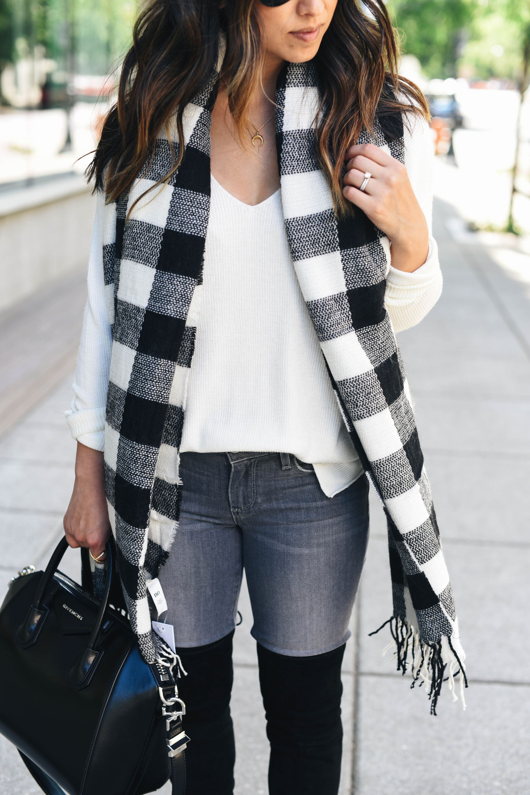 BP Buffalo check scarf