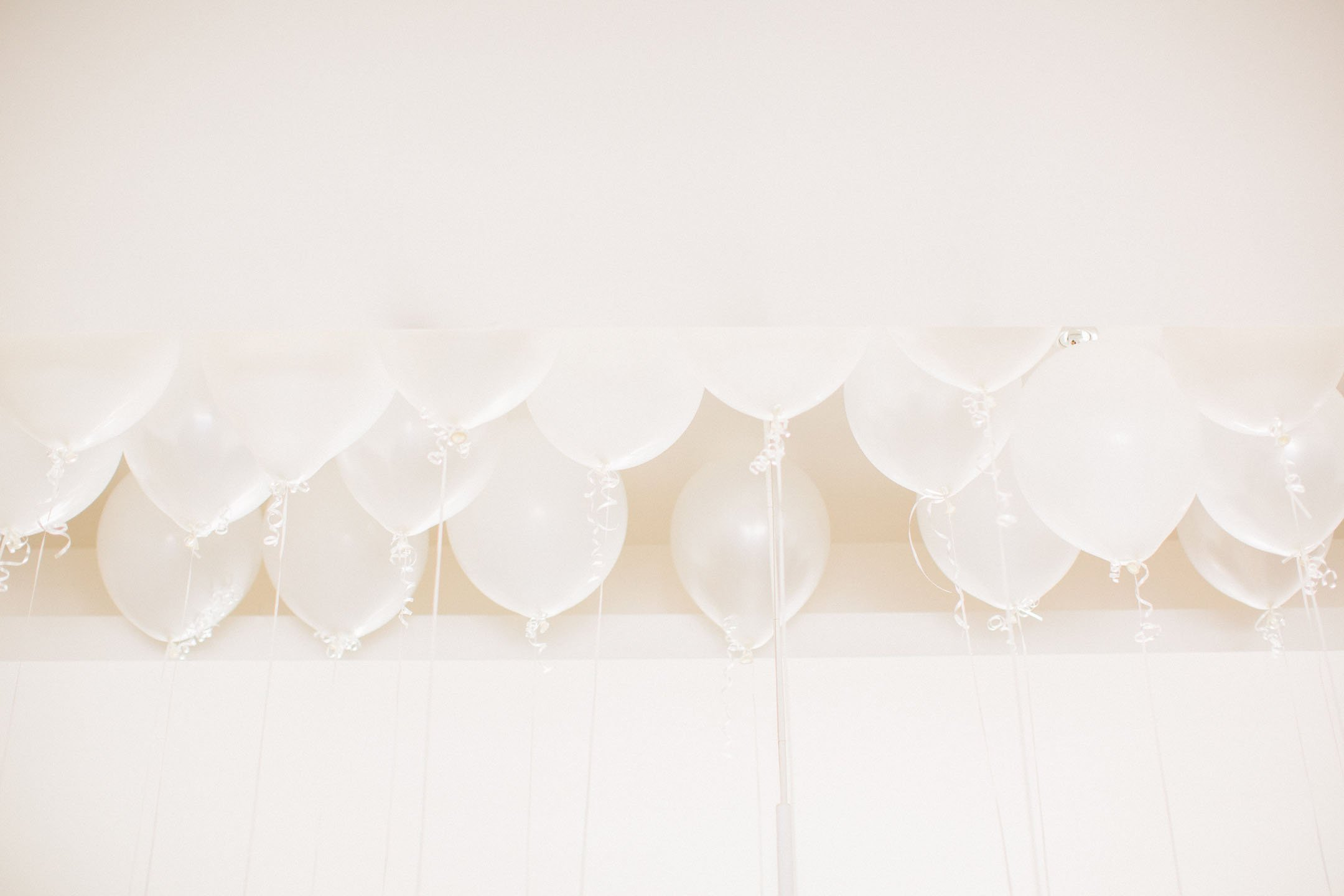 Balloon chandalier