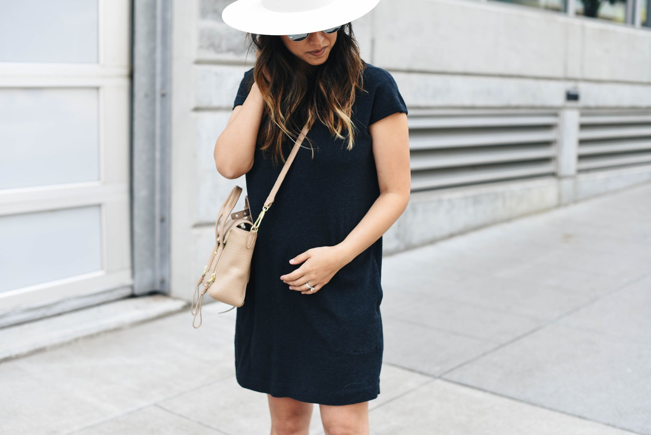 How to style your baby bump