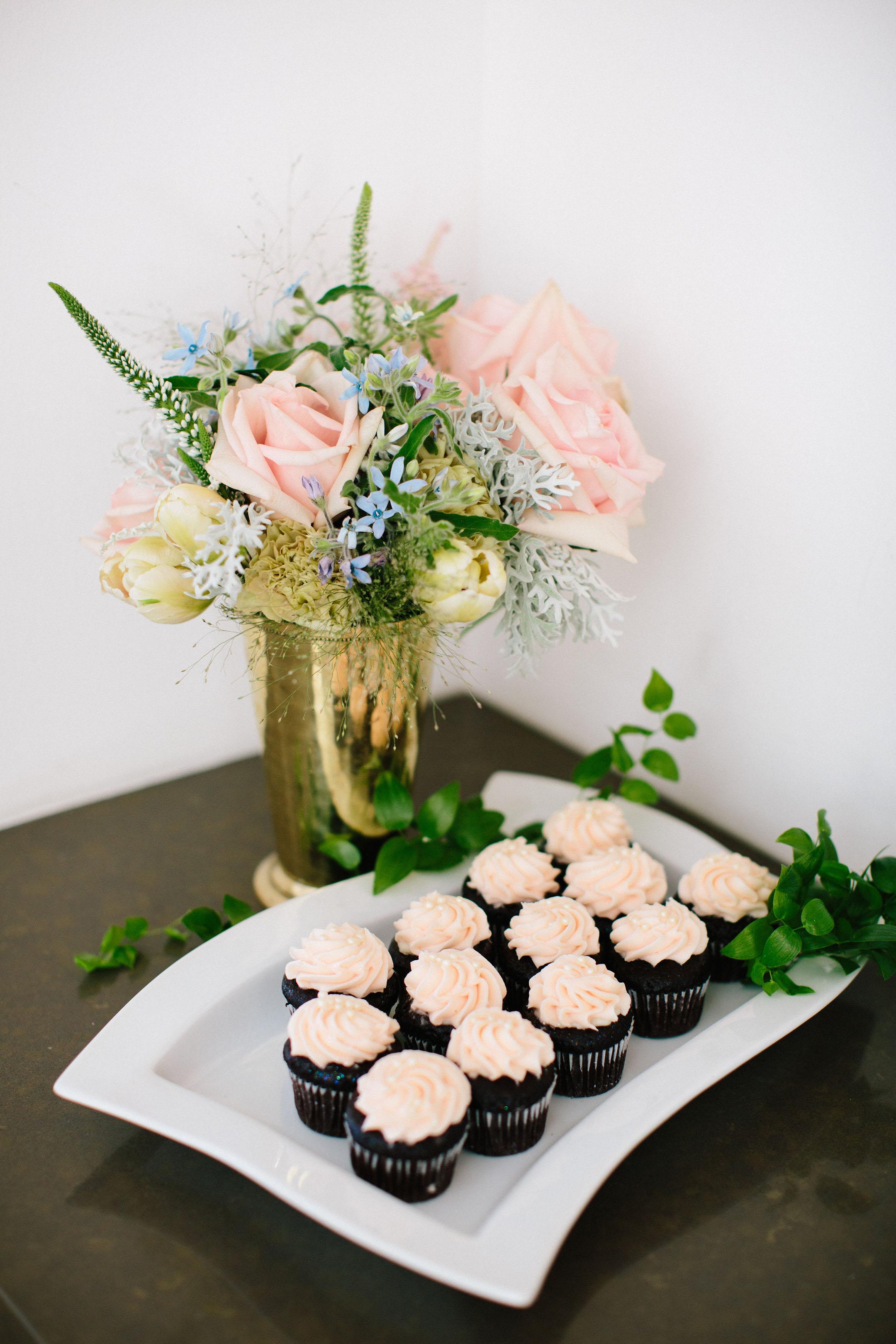 Sift Dessert bar cupcakes