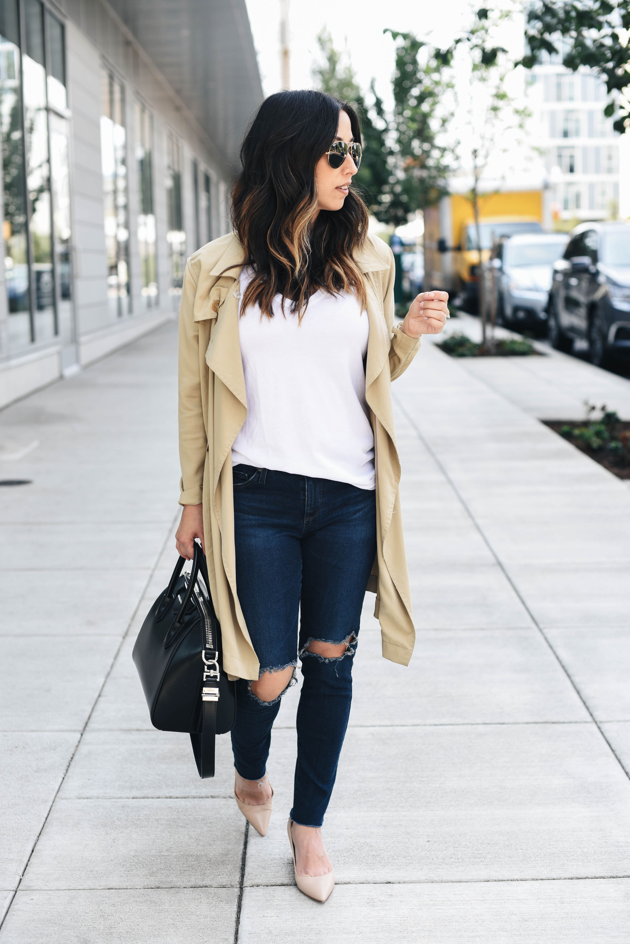 AG The Leggings Ankle Jeans in Nightingale