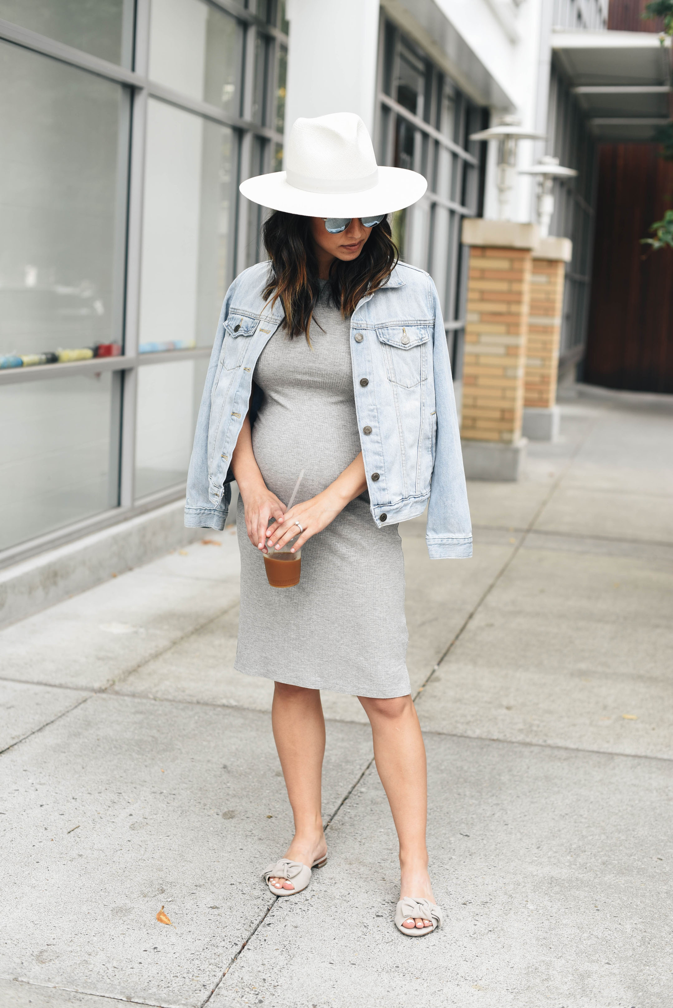 Crystalin Marie's petite maternity style