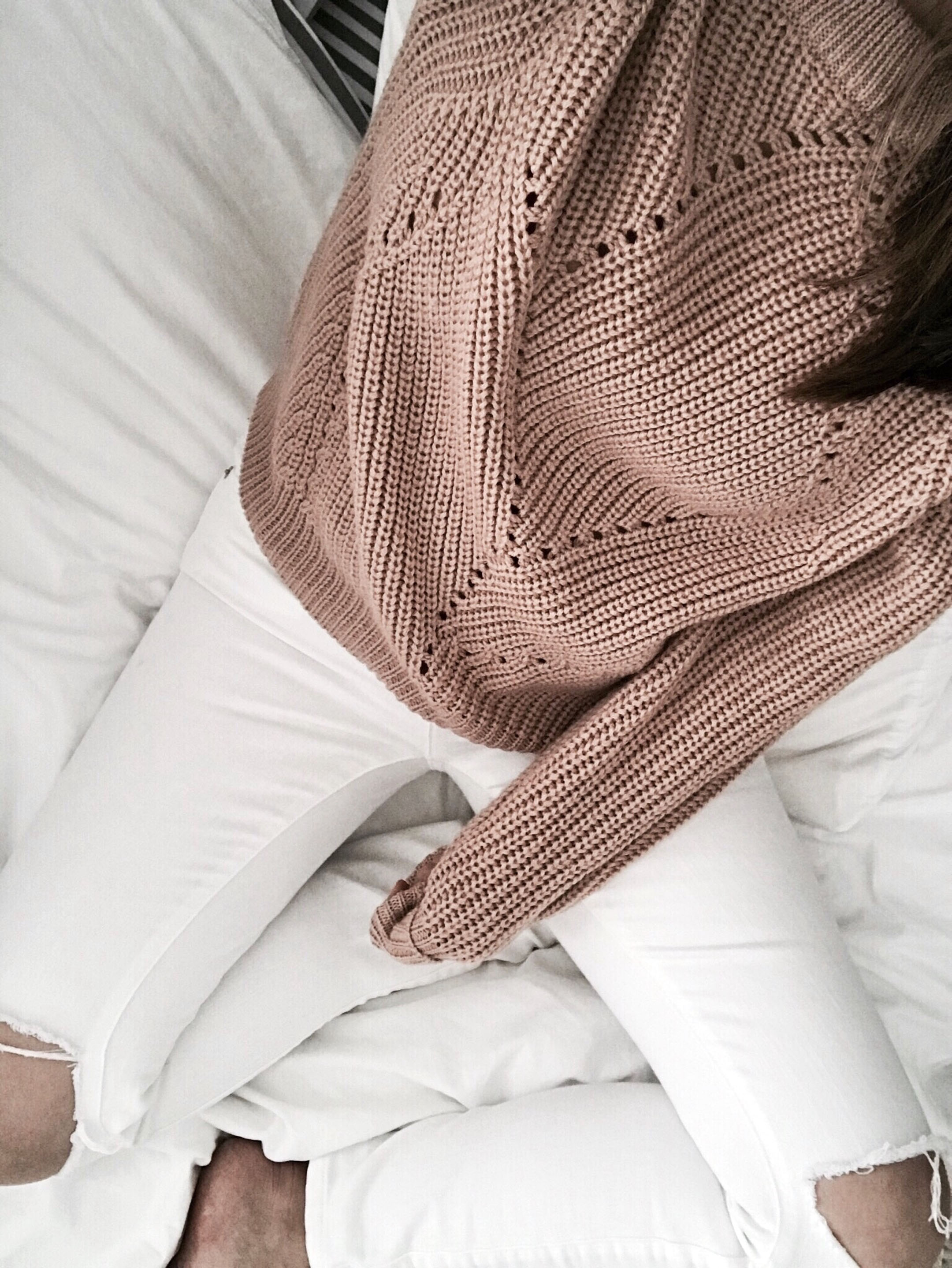 Dusty pink aritzia sweater