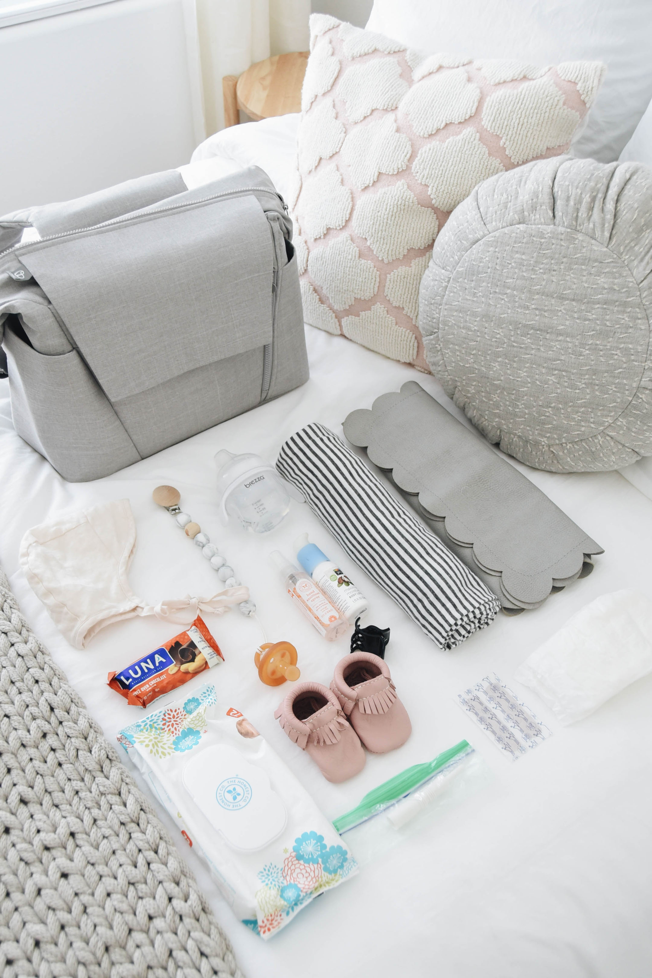 What to put in diaper bag